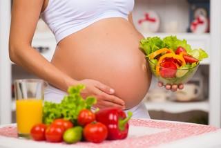 Что нельзя есть беременным: список разрешенных и запрещенных продуктов