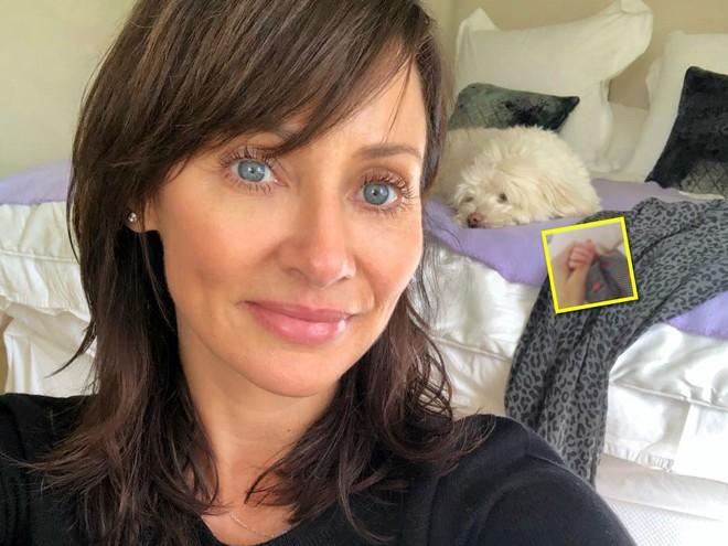 Впервые мама: 44-летняя певица Натали Имбрулья показала новорожденного сына