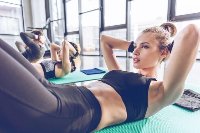 Какие виды спорта выбрать после естественных родов и кесарева сечения