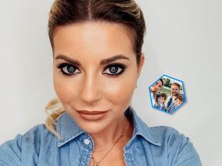 Привет из Тель-Авива: Галина Юдашкина с мужем и детьми оделись в стиле family look