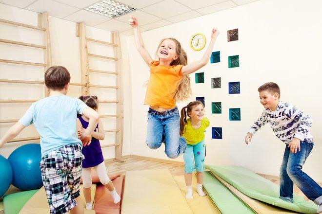 Картинки по запросу детки занимающиеся спортом