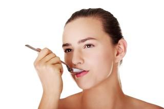 Причины сладкого привкуса во рту у женщин