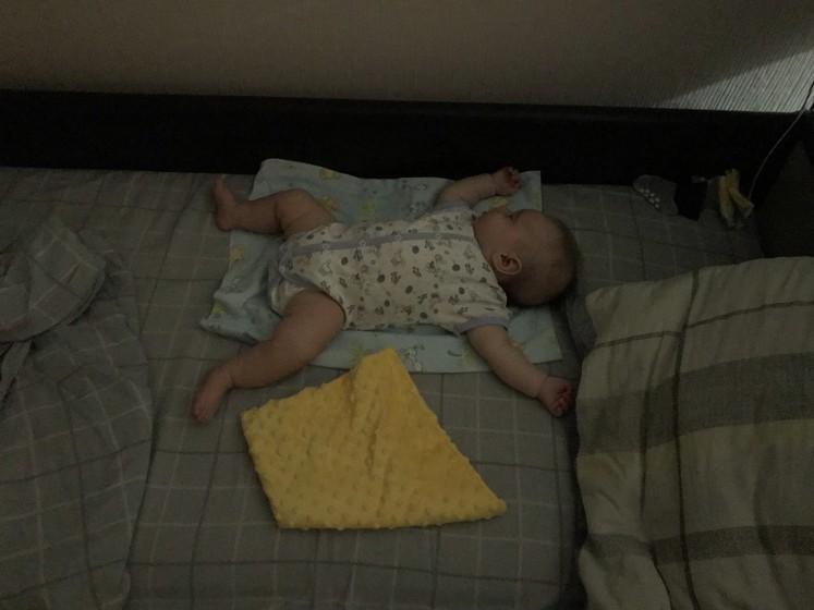 А как ваши детки спят ночью?