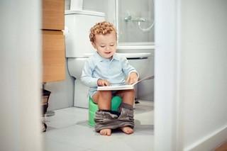 Как выбрать горшок для мальчика: на что обратить внимание