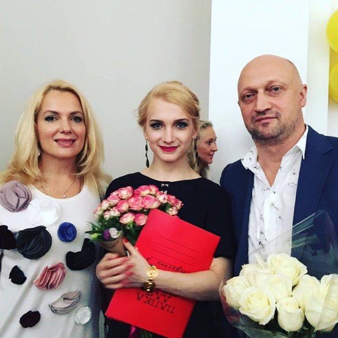Мария Порошина с дочерью Полиной и бывшим мужем