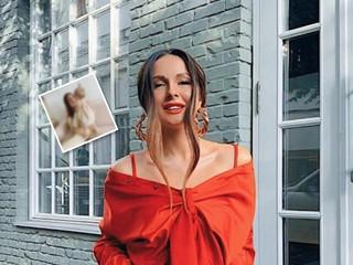 Уже стоит: певица Нюша показала фото подросшей дочки