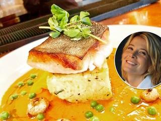 Жареная с треска с очень вкусным соусом: фирменный рецепт Юлии Высоцкой