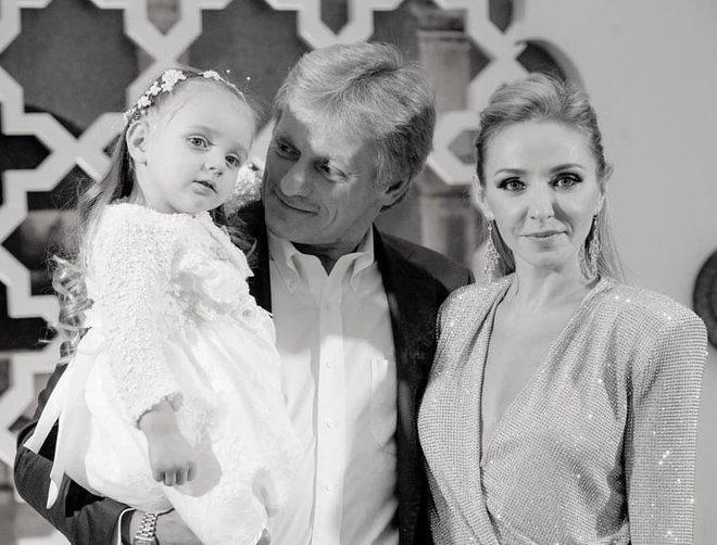 Дмитрий Песков и Татьяна Навка с дочкой Надей