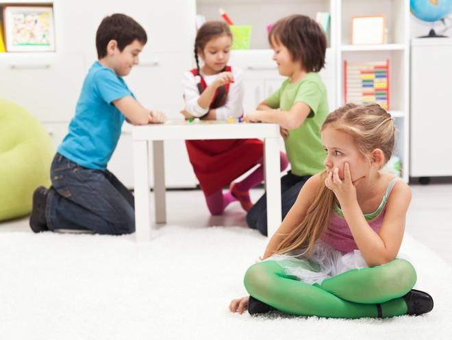 Совет дня: помогите ребенку разобраться в себе самом, если у него нет друзей