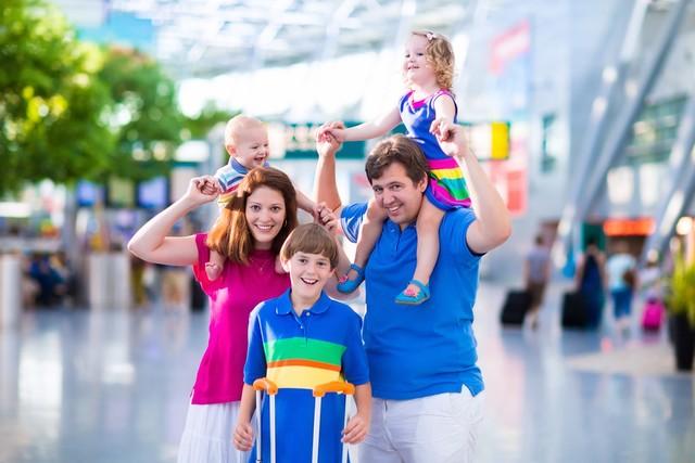 Как поехать в отпуск с ребёнком. Эксперты подскажут
