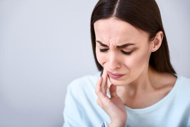 Что делать, если болит зуб при беременности