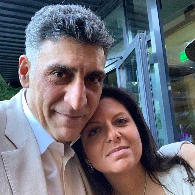 Маргарита Симоньян с мужем