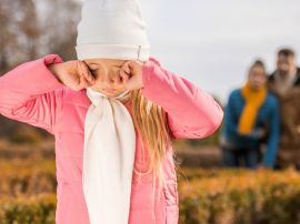 Совет дня: используйте волшебный прием, который поможет ребенку справиться с переживаниями