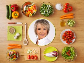 Не поправиться на карантине: диетолог Маргарита Королева поделилась подробным планом питания