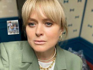 Девушки из Прованса: Анна Михалкова показала портрет c 6-летней дочкой