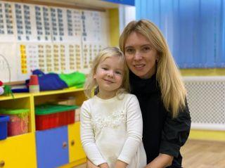 Как мило: младшая дочь Татьяны Тотьмяниной посвятила маме стихотворение