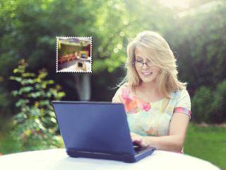 Офис из картонной коробки: лайфхак, который поможет работать с ноутбуком на улице