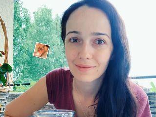 Редкий кадр: Валерия Ланская растрогала всех снимком с мужем и новорожденным сыном