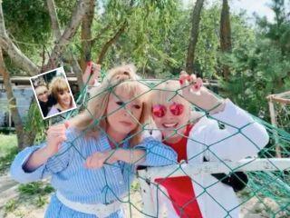Словно сестры: Алла Пугачева поделилась совместным снимком с Лаймой Вайкуле