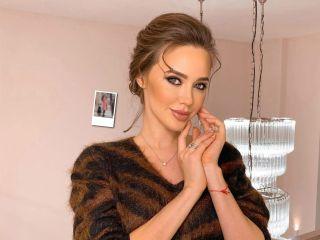 Стильные малышки: Анастасия Костенко с дочками превратились во француженок
