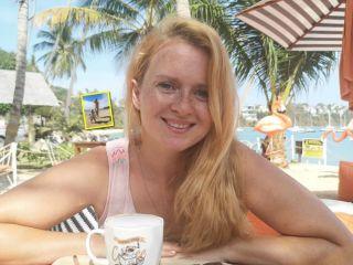 Пляжный день рождения: дочке Екатерины Копановой исполнился 1 год