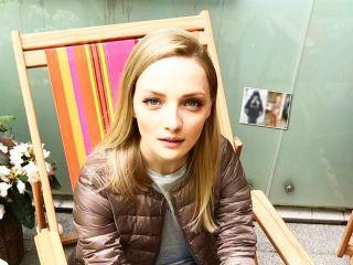 Две блондинки: Екатерина Вилкова показала свое детское фото... и дочь оказалась ее копией!