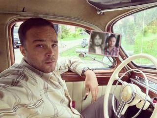 Одни глаза: Андрей Чадов показал фото отца, на которого он невероятно похож
