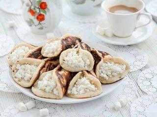 Пятый день Масленицы: приготовьте вкусные блинчики-пирожные