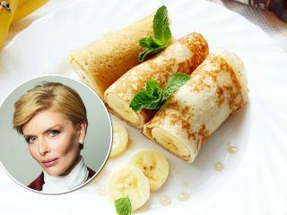 Без молока и без яиц: Анна Чурина поделилась любимым рецептом диетических блинчиков с бананами