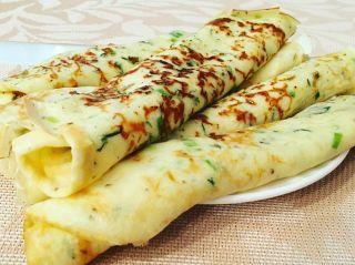 Необычный вкус: сырные блинчики с зеленью