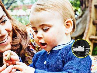 Драгоценный мальчик: принцу Луи подарили вторую пару золотой обуви