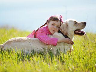 Ученые: собаки влияют на умение детей вести себя более осмотрительно