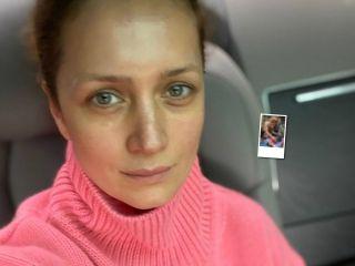Подруга растет: Виктория Исакова поделилась редким кадром с дочкой