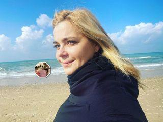С новорожденной: Ирина Пегова рассекретила особенную бирочку из роддома