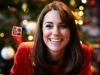 Уильям счастлив: Кейт Миддлтон выбрала для рождественского шоу платье как у принцессы Дианы