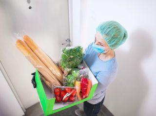 8 советов, как занести покупки домой и не заразиться новой коронавирусной инфекцией