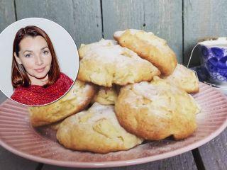 Любимая классика по-новому: актриса Наталия Антонова поделилась рецептом печенья «Шарлотка»