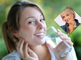 Эффект – максимальный: диетолог Маргарита Королева рассказала, в какое время нужно пить воду