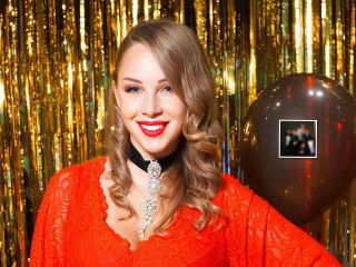 Респектабельность и роскошь: Дмитрий и Полина Дибровы показали семейный портрет