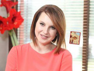 «Мемы от Киры»: Ирина Слуцкая сняла вирусное видео с младшей дочкой