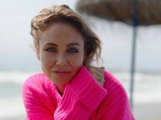 Ляйсан Утяшева рассказала о том, зачем женщинам нужны упражнения на растяжку