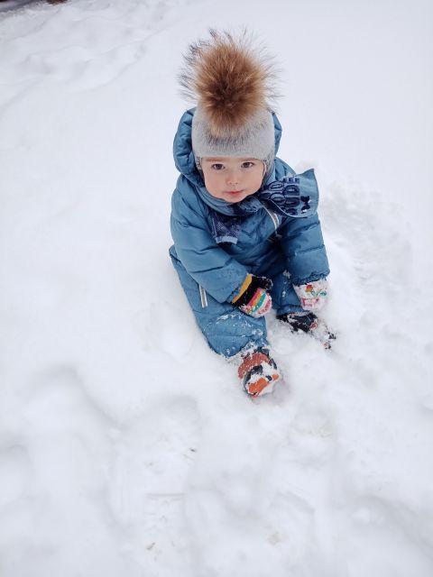 С первым снегом)))