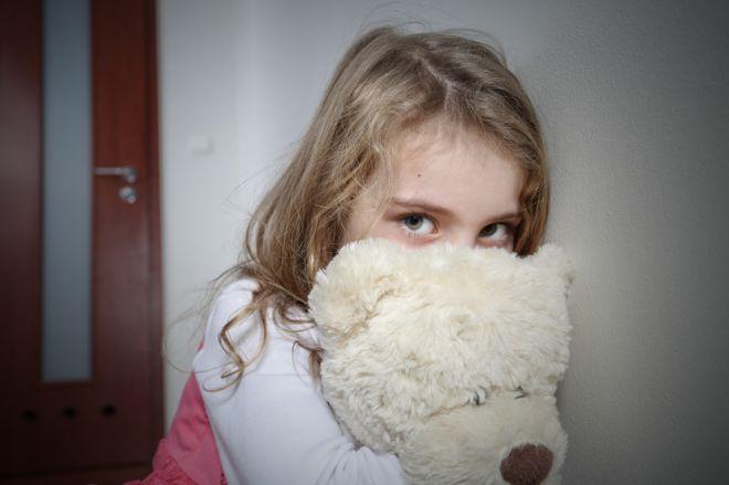 Как распознать неврозы у детей дошкольного возраста и подростков