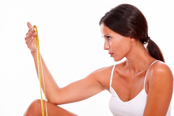 Как убрать жир с коленей в домашних условиях