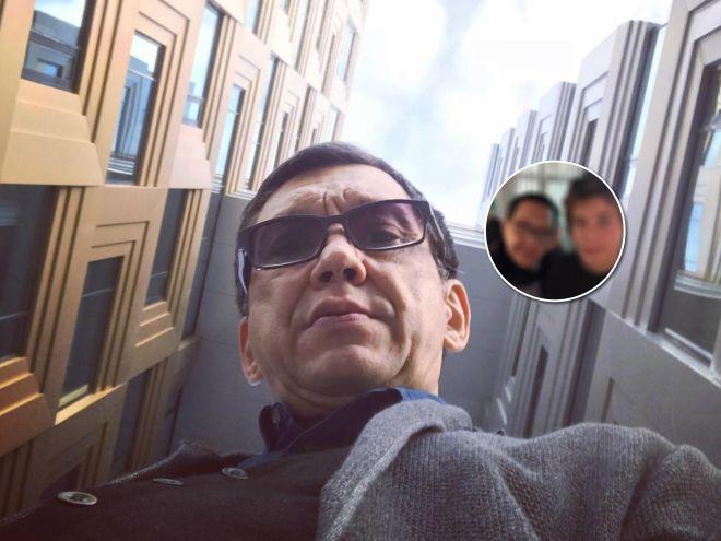 54 и 17: Егор Кончаловский показал редкий кадр с младшим братом